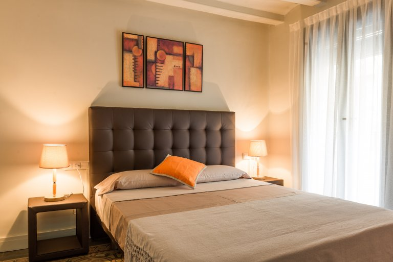 Stylish 1-bedroom apartment for rent in Sants, Barcelona