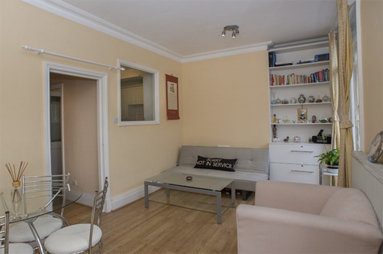 Trendy 1-bedroom apartment to rent in Chelsea, London