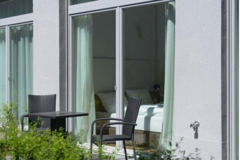 Apartamento de 1 quarto com varanda para alugar em Mitte