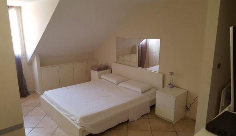 Studio apartment for rent in Crocetta, Turin