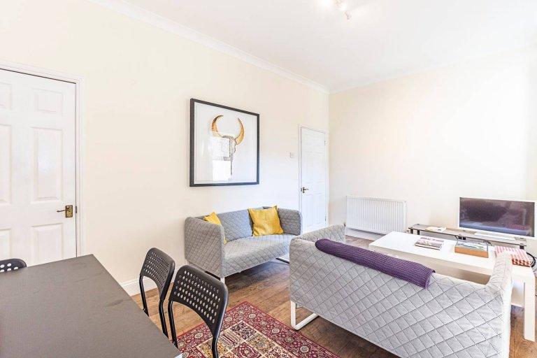Geräumige 4-Zimmer-Wohnung zur Miete in Tooting, London