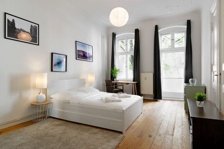 3-pokojowe mieszkanie do wynajęcia w Mitte, Berlin