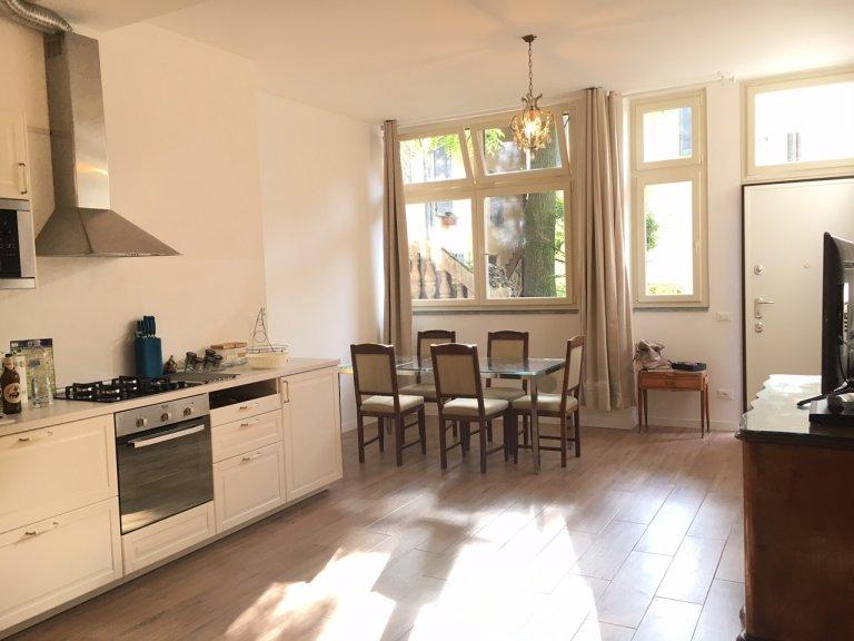 Apartamento de 2 dormitorios en alquiler en Novate Milanese, Milán
