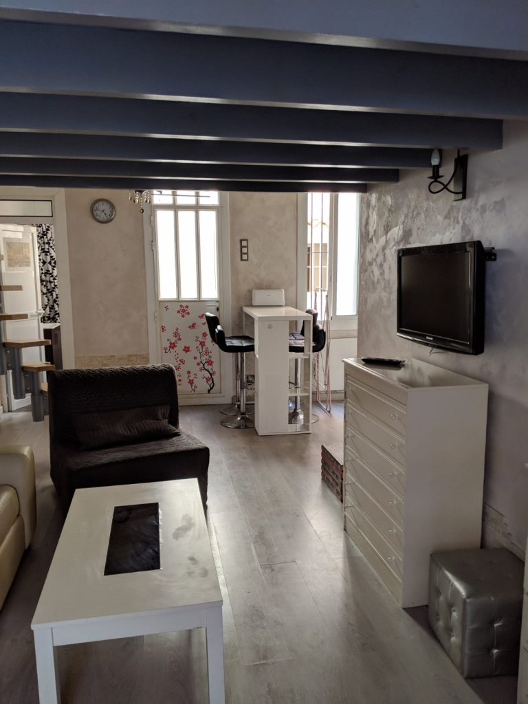 Poblenou'da, Barcelona kiralık stüdyo daire