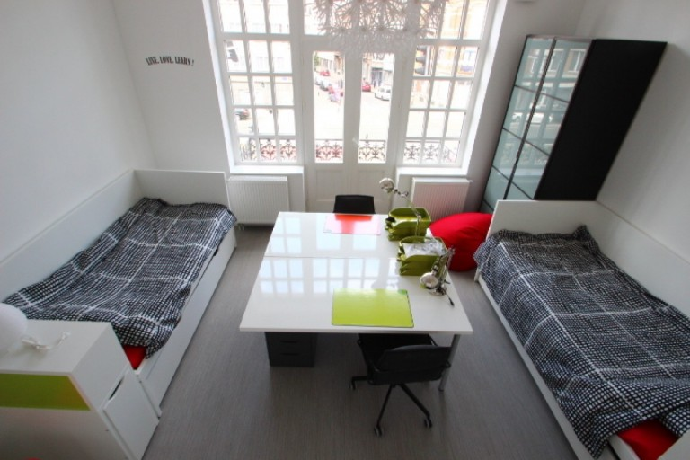 Twin Beds in Beds for rent in a shared bedroom in a student-house in Ixelles