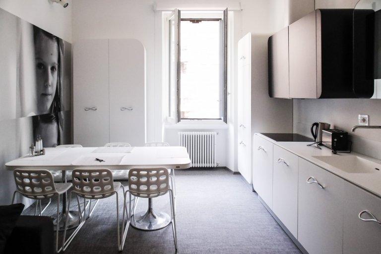 Apartamento de 1 quarto para alugar em Porta Venezia, Milão