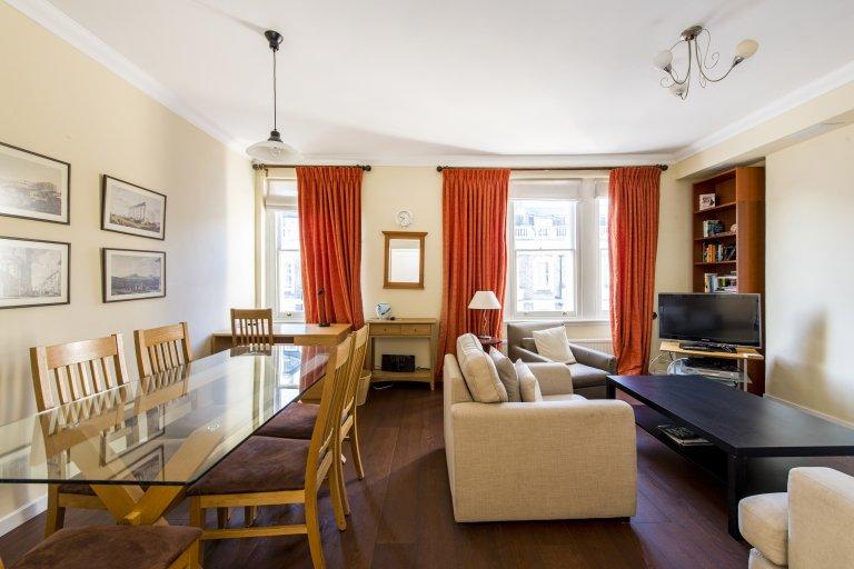 Apartamento de 2 quartos para alugar em Kensington, Londres