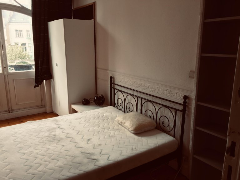 Room in shared apartment in Etterbeek