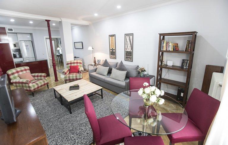 Apartamento de 2 quartos para alugar em La Latina, Madrid