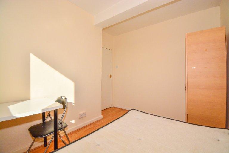 Kiralık oda, modern 4 yatak odalı daire, Deptford, Londra