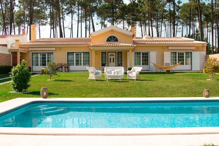 3 yatak odalı ev kiralık Corroios, Lizbon