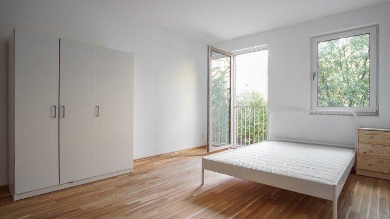 Pokoje do wynajęcia w 4-pokojowym mieszkaniu w Treptow-Köpenick
