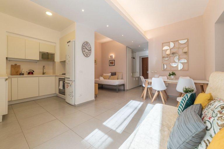 Apartamento de 2 quartos para alugar em Sant'Onofrio, Roma