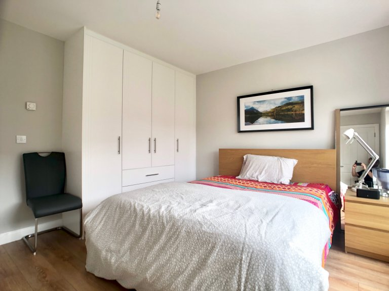Room to rent in 3-bedroom flat in Kiltipper, Dublin