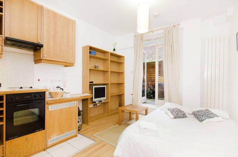 Piękny apartament typu studio do wynajęcia w Londynie