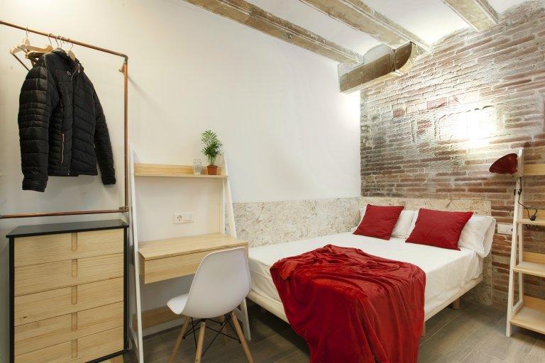 Chambre à louer dans un appartement de 3 chambres à El Born, Barcelone