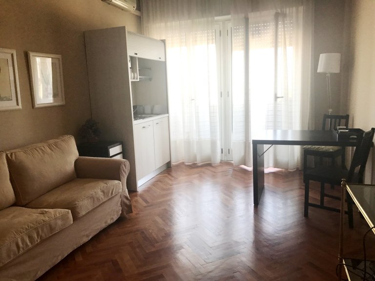 Studio apartment for rent in Wagner, Milan