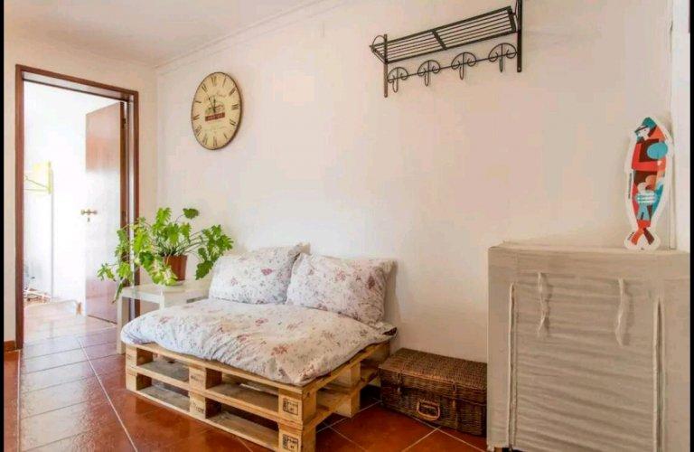 Appartamento con 2 camere da letto in affitto ad Alfama, Lisbona
