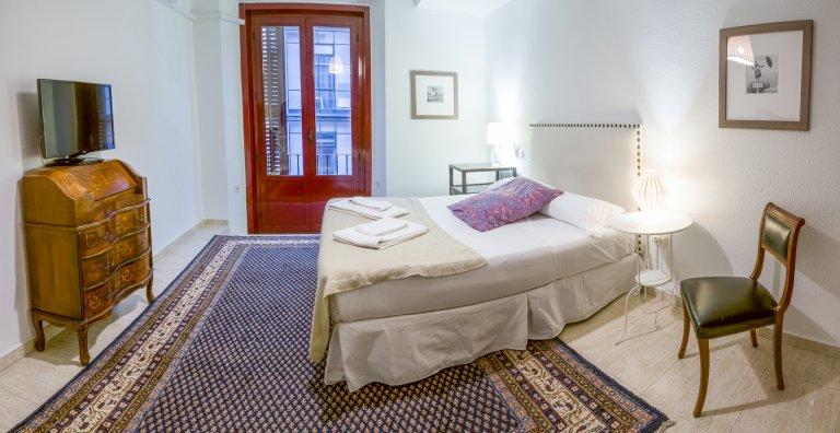 Bonito apartamento de estúdio para alugar em centro da cidade de Madrid