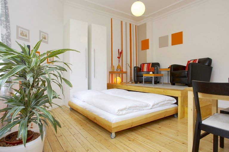 Elegant studio for rent in Friedrichshain, Berlin