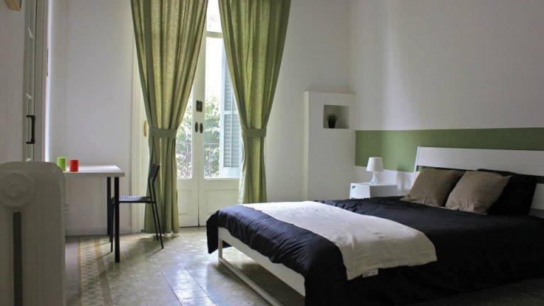 Möbliertes Zimmer in 9-Zimmer-Wohnung, Eixample, Barcelona