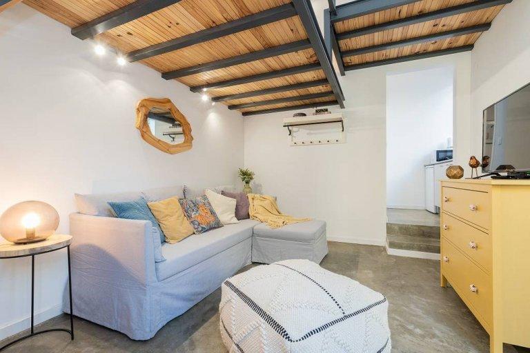 Apartamento luminoso com 1 quarto para alugar em Campolide, Lisboa