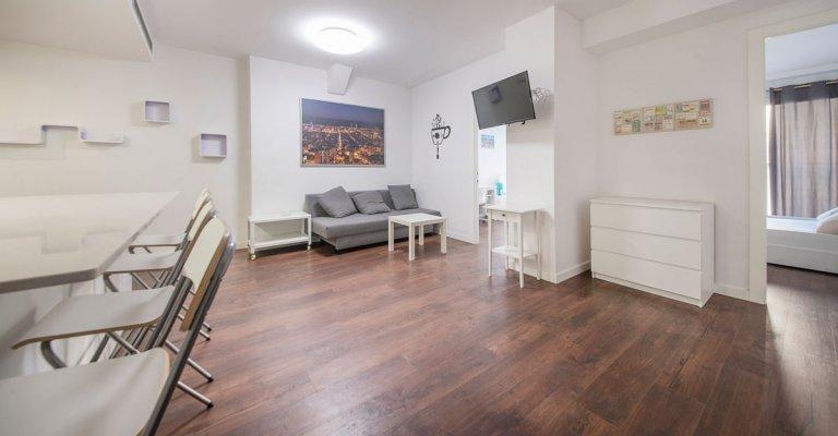 6-Zimmer-Wohnung zur Miete in Eixample, Barcelona