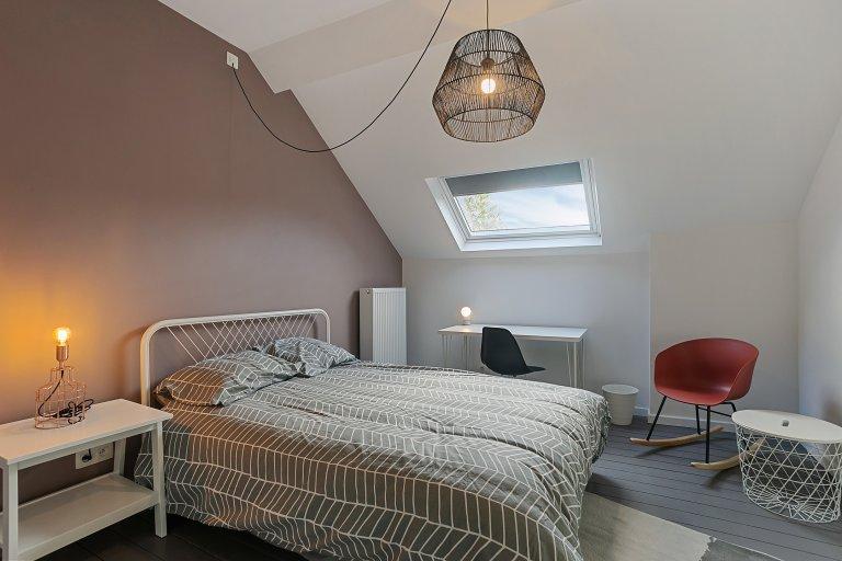 Room in 7-bedroom house in Ixelles, Brussels