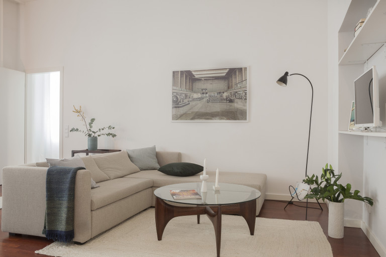 Mitte, Berlin'de 2 yatak odalı daire davet