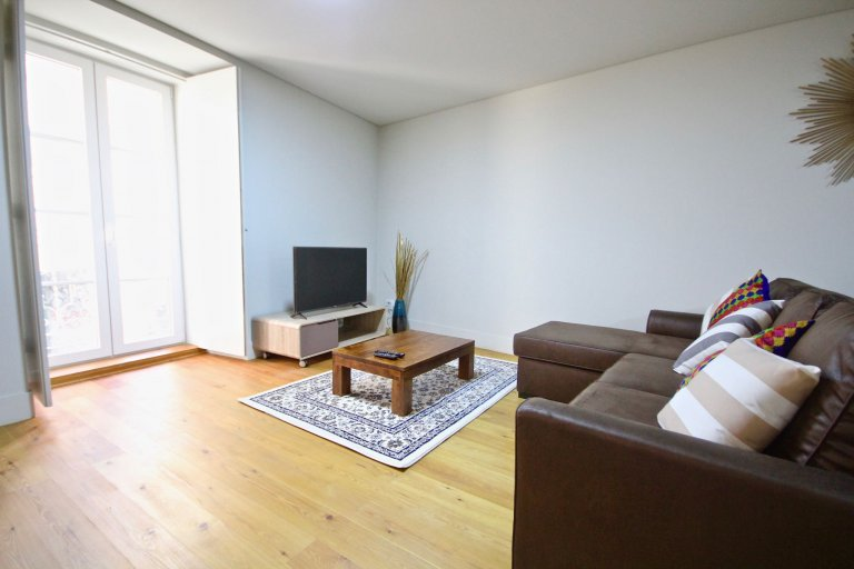 Stylish 1-bedroom apartment for rent in Bica, Lisbon