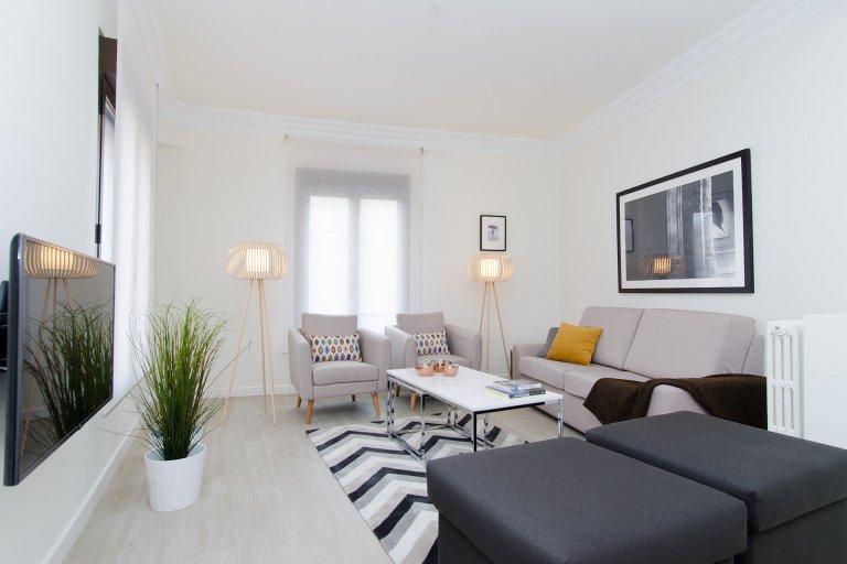 Confortável apartamento de 4 quartos para alugar em Lavapiés, Madrid