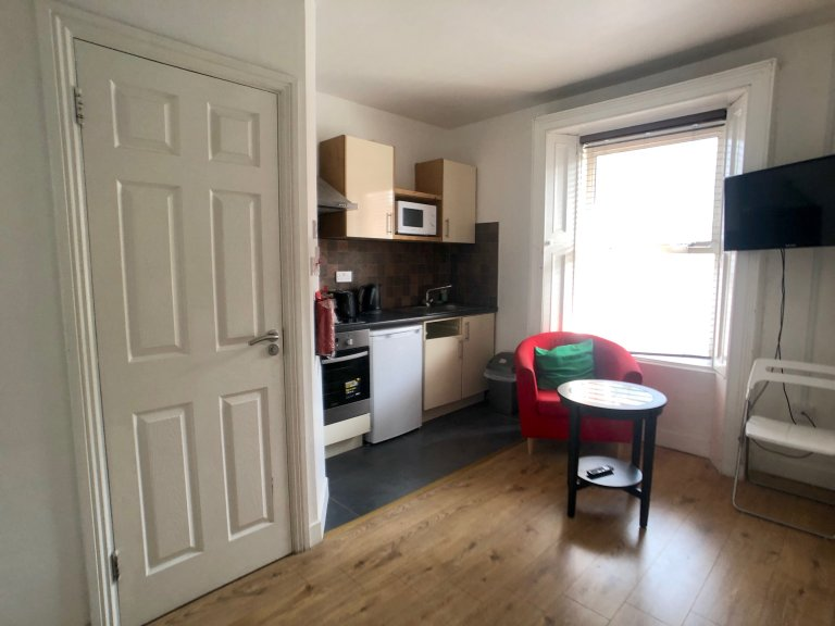 Studio flat to rent in Mountjoy, Dublin