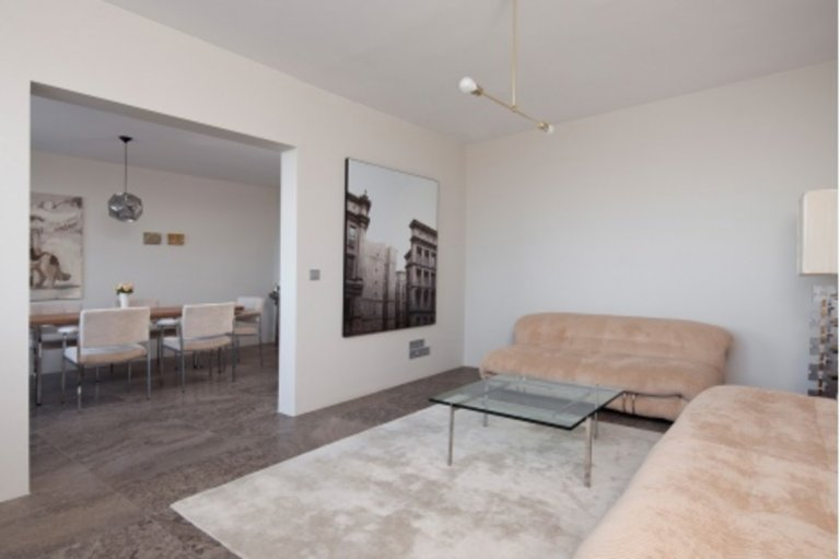 Stylish 1-bedroom apartment to rent in lively Mitte
