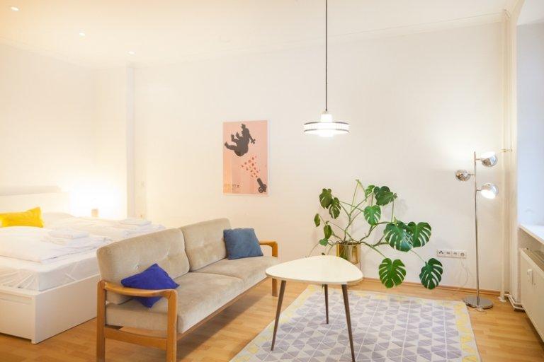 Wohnung mit 1 Schlafzimmer zur Miete in Prenzlauer Berg, Berlin