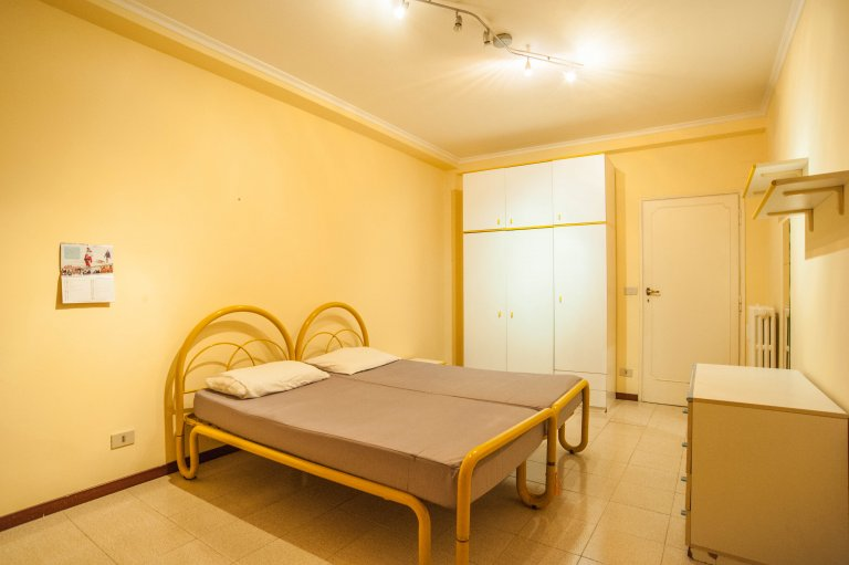 Double Bed in Rooms for rent in a spacious 5-bedroom apartment in Trieste