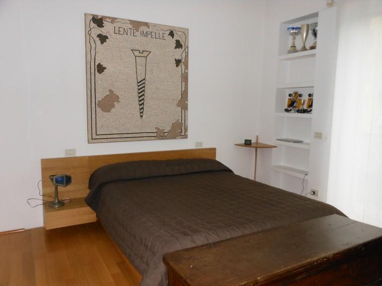 Camera doppia in appartamento con 2 camere da letto a Bovisa, Milano