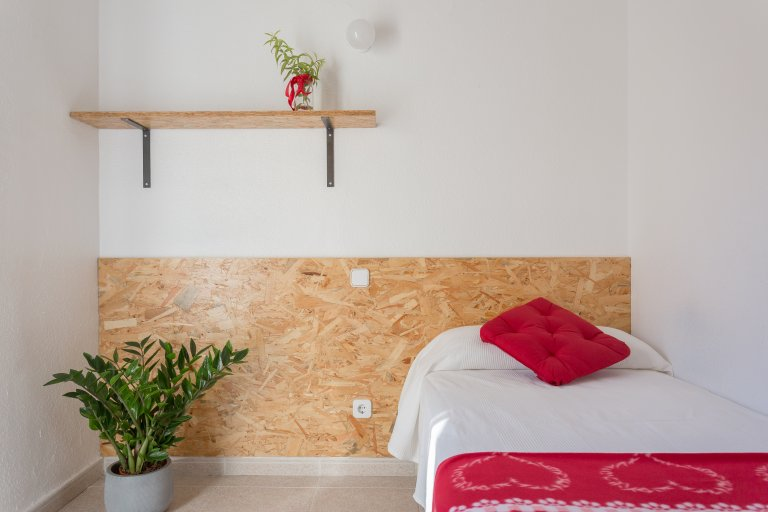 Quarto elegante em residência estudantil em Chamartín, Madrid