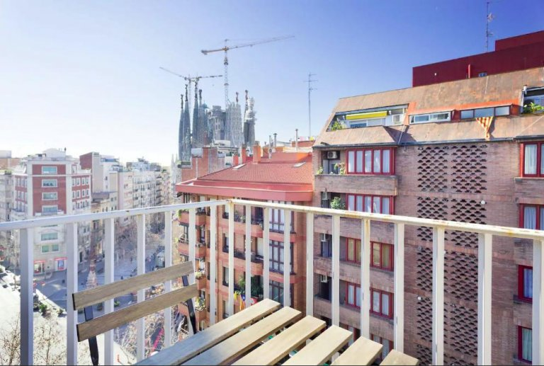 Apartamento de 3 quartos para alugar em Gràcia em Barcelona