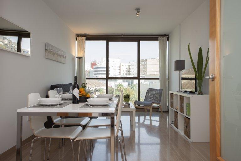 Ganze 2-Zimmer-Wohnung in València