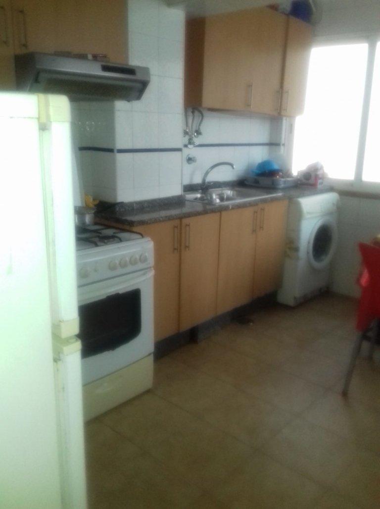 Quarto em apartamento partilhado em Lisboa