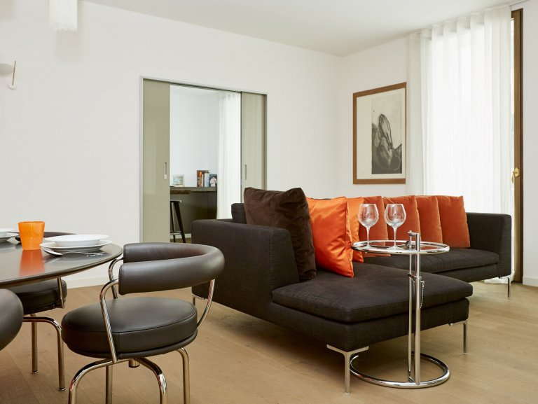 Spacious 2-bedroom apartment for rent in Centro, Milan