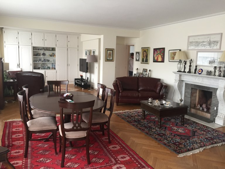Whole 3 bedrooms apartment in Sint-Pieters-Woluwe