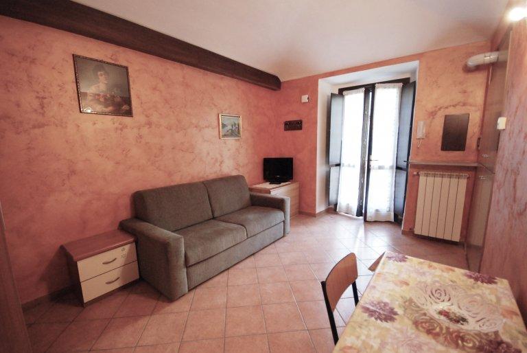 Studio apartment for rent in San Salvario, Turin