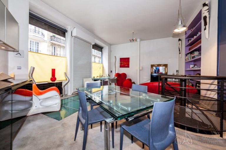 Ogromne mieszkanie do wynajęcia w Butte-Montmartre w Paryżu