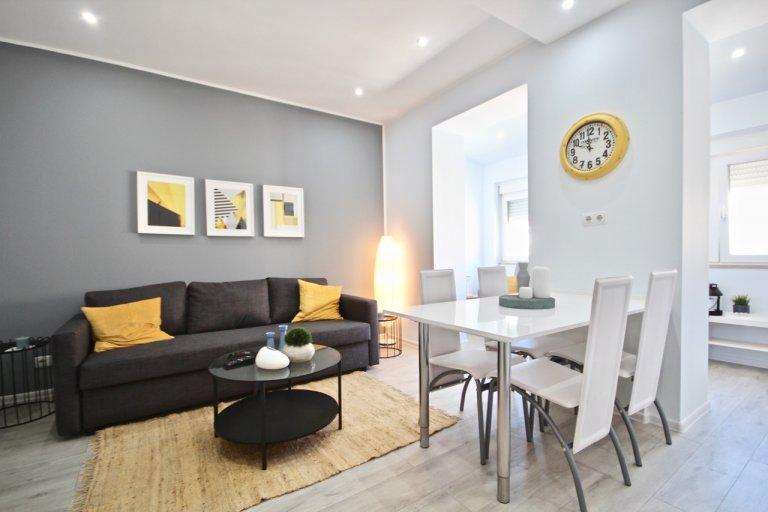 Apartamento de 2 quartos para alugar em Santa Cruz, Lisboa