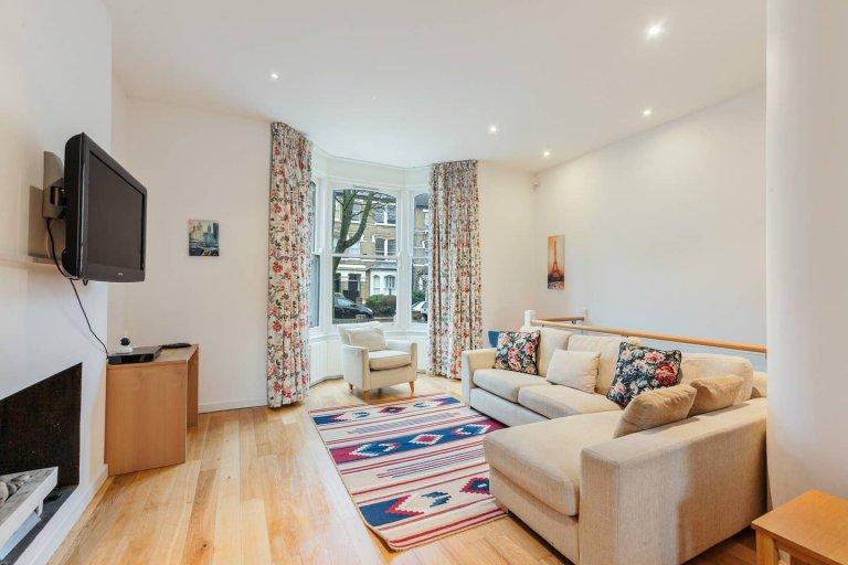 4-Zimmer-Wohnung zum Mieten in Holloway, London