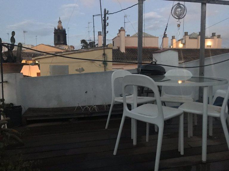 Całe 3 pokojowe mieszkanie w València