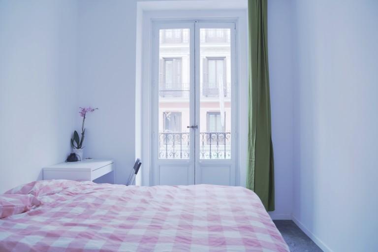 Bedroom 3 - Double bed, exterior