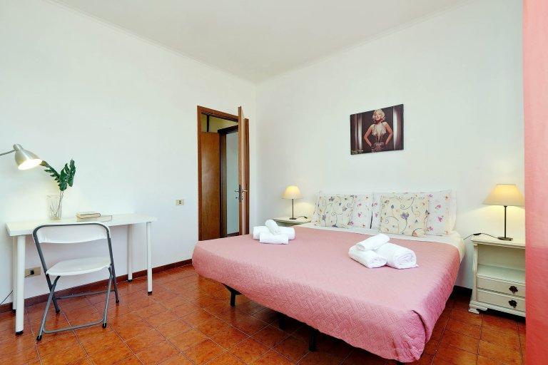 Room for rent in 2-bedroom apartment, Tiburtina, Rome