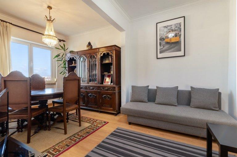 Apartamento de 2 quartos para alugar em Penha França, Lisboa
